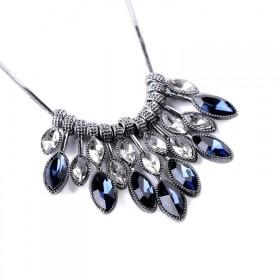 Elegantný choker náhrdelník Blue tears