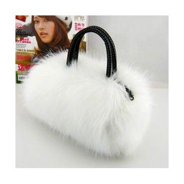Kožešinová chlpatá mini kabelka biela