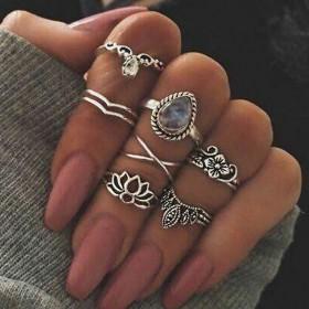 Sada Bohém prsteňov Antique 7ks Flower White